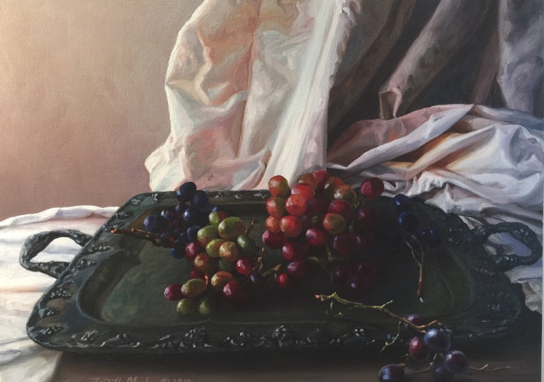 Tray With Grapes